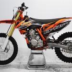 CF250_0000_crossfire-motorbike-motorcycle-dirt-bike-cfr250-250cc-orange-day